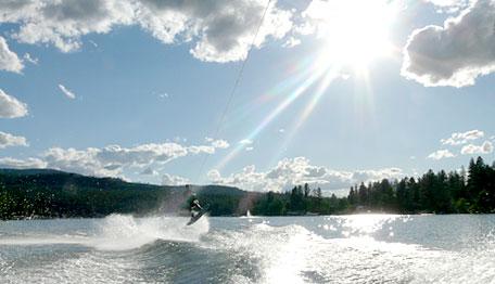 waterskiing1